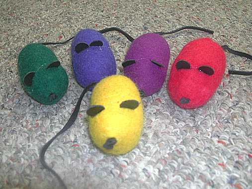 Wool Cat Toy Mouse - Dyed Bright Colors